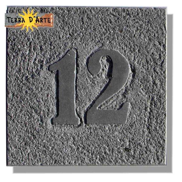 Numero Civico in pietra lavica - TERRA D'ARTE